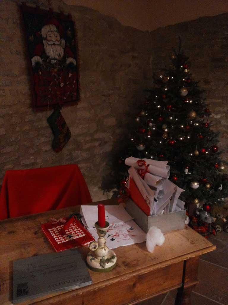 Casa Babbo Natale 2019.La Casa Di Babbo Natale Natale A Mombaroccio